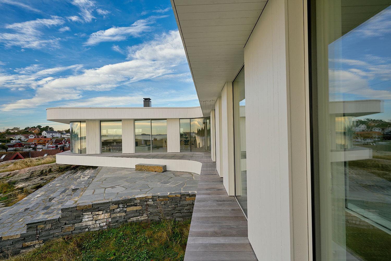 Villa_AT_exterior_31885bAdobeRGB_HighRes.jpg