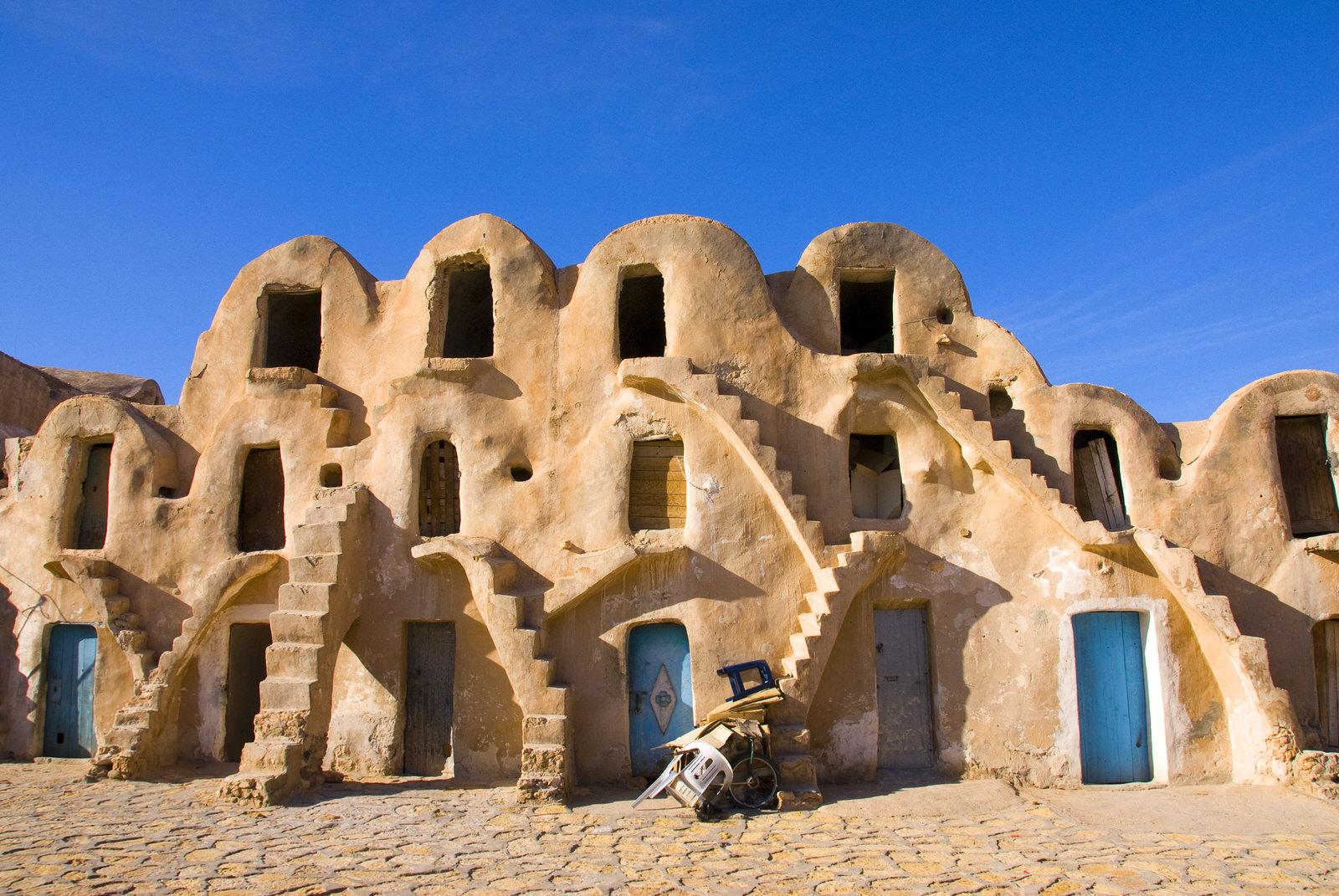tunisia-medenine-berber-ghorfa-ksar-fc1771aa4d40.jpg