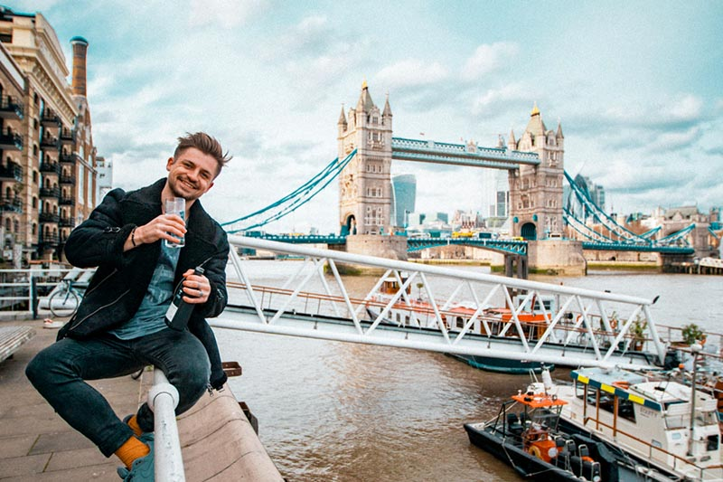 Birds-Adventure-Gin-London-Bars.jpg