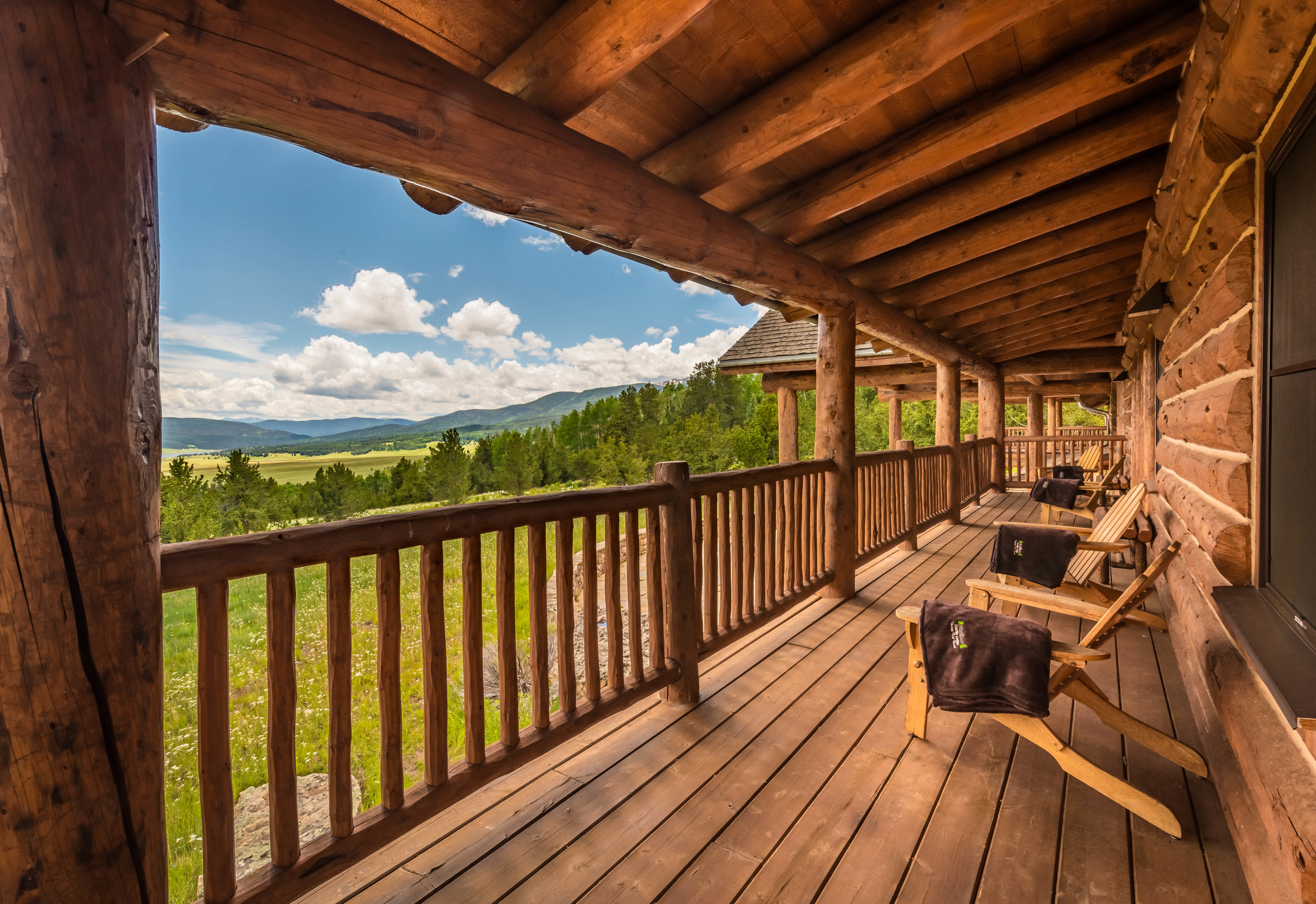 Costilla Lodge Porch Views