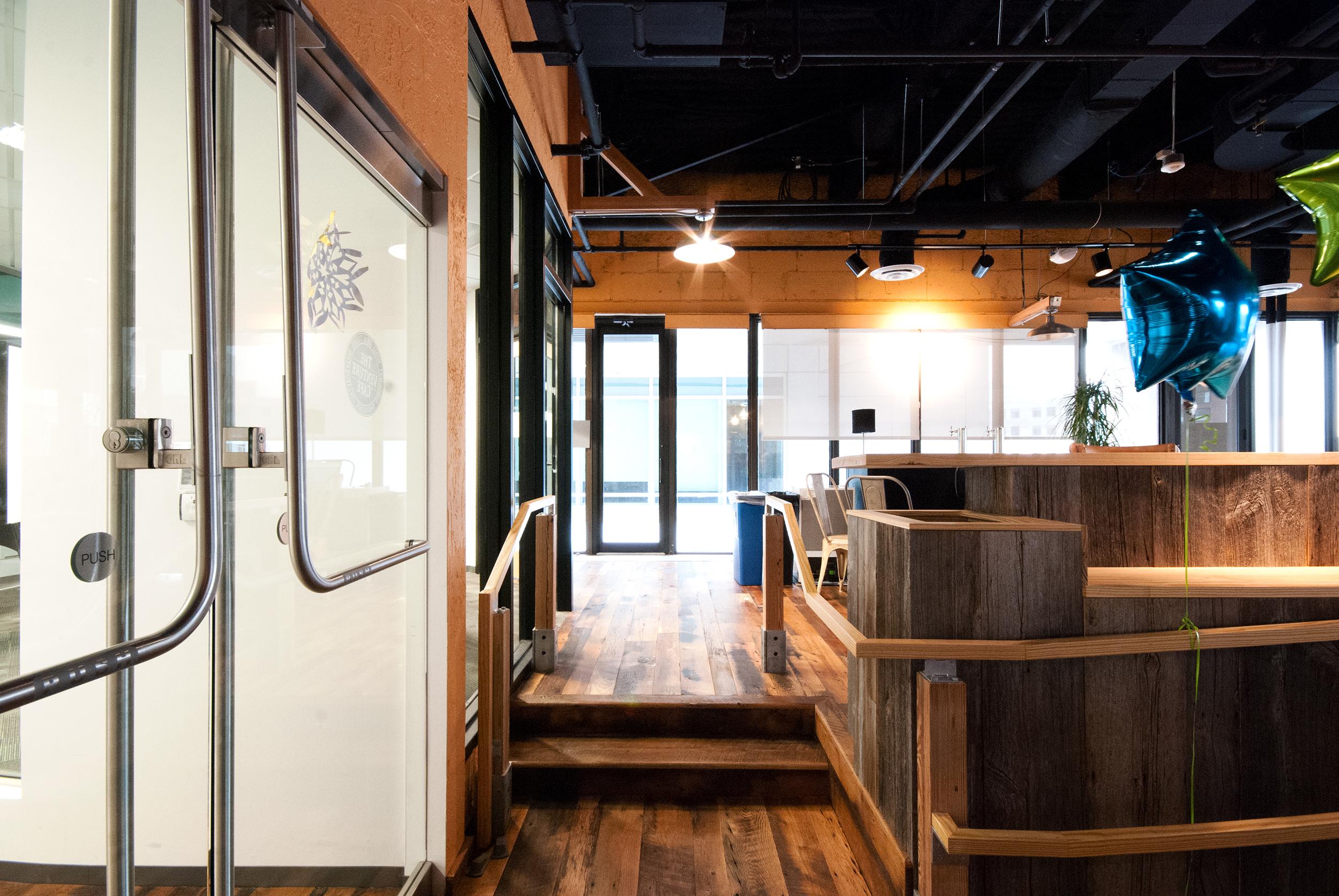 2013.12-17_CIC 5th Floor - 039.jpg