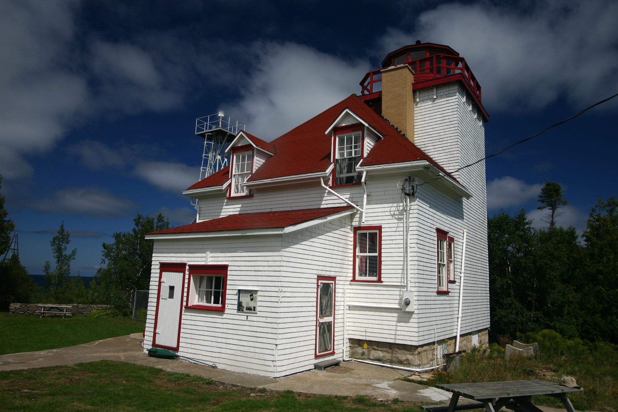 cabot Head LIGHTHOUSE - Cabot Head lighthouse is the turn around halfway through the 80 km Route