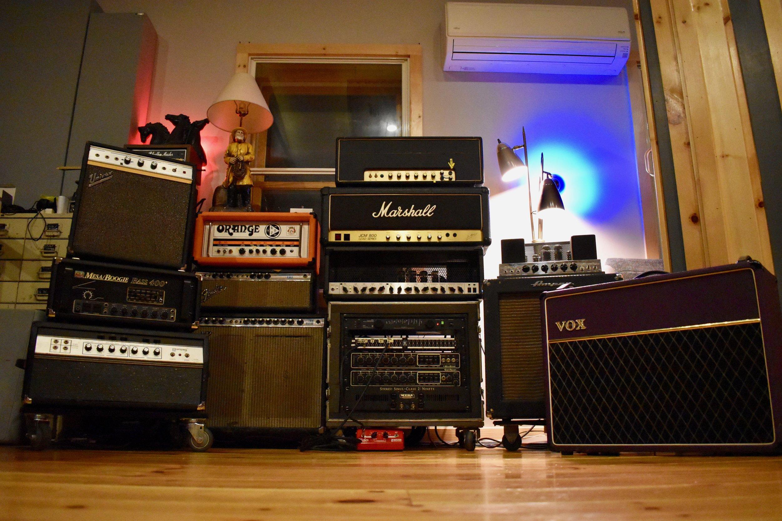all-amps.jpeg