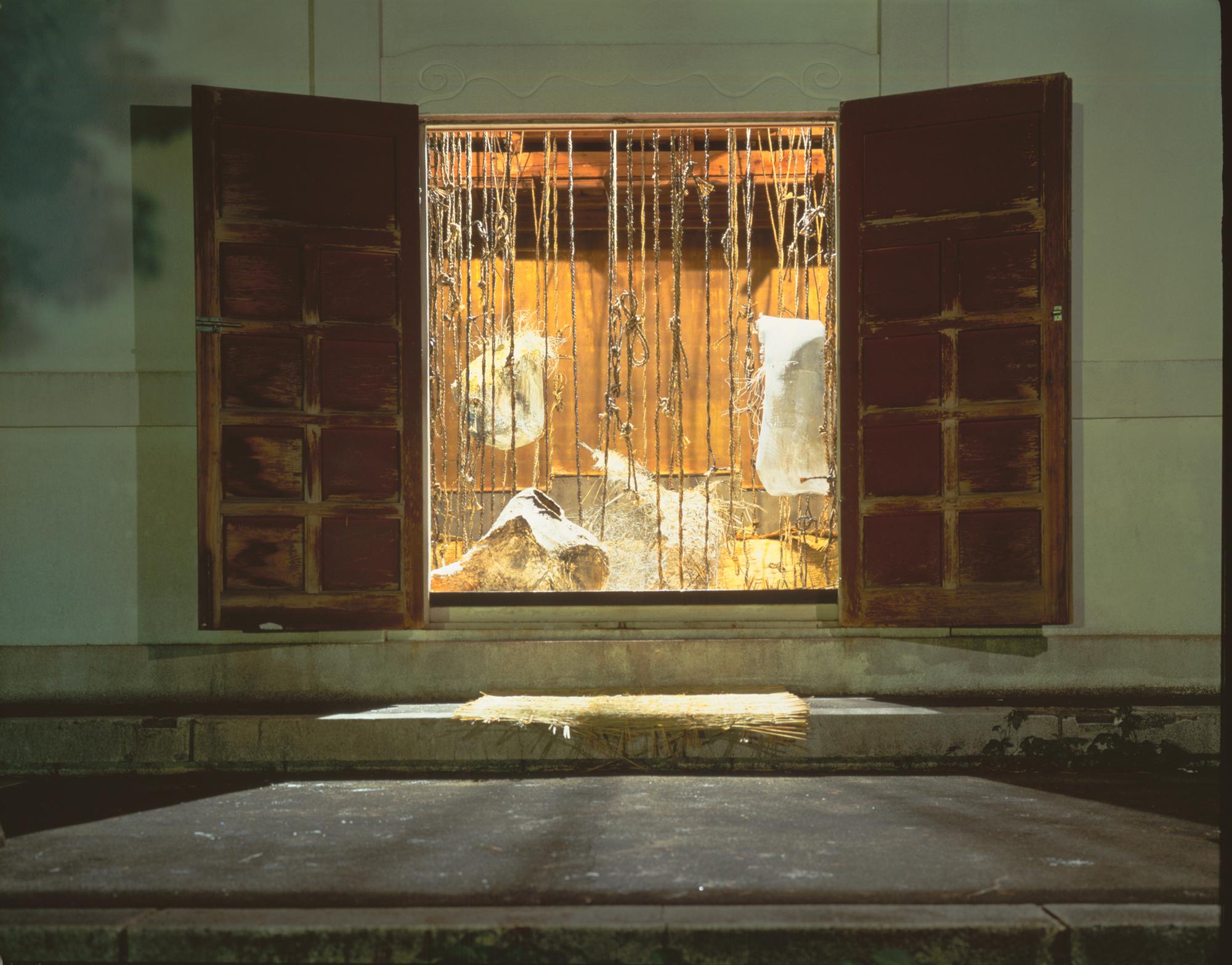 Memento-Mori-1992-002.jpg