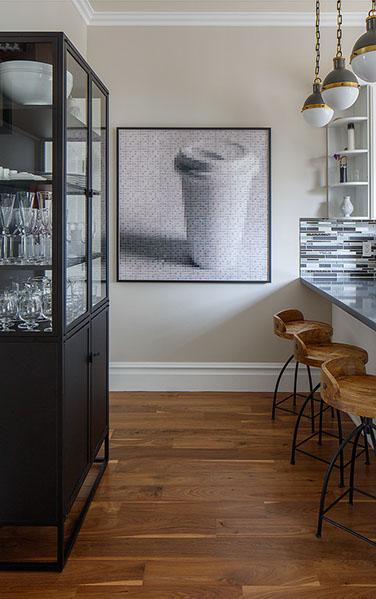 Artist: Pamela Stretton Designer: Artistic Designs for Living Photography: Eric Rorer