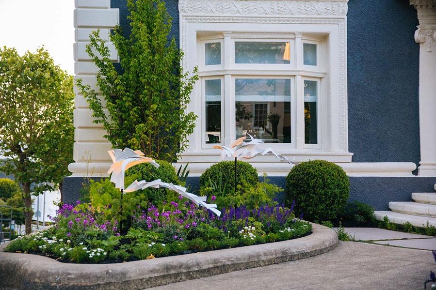 Artist: Matt Devine Designer: Zeterre Landscape Architecture SF Decorator Showcase 2017