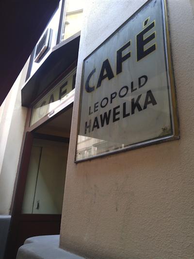 Cafe-Leopold-Hawelka.png