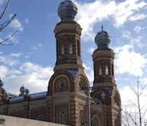 Szombathely-Synagogue-in-the-snow.jpg