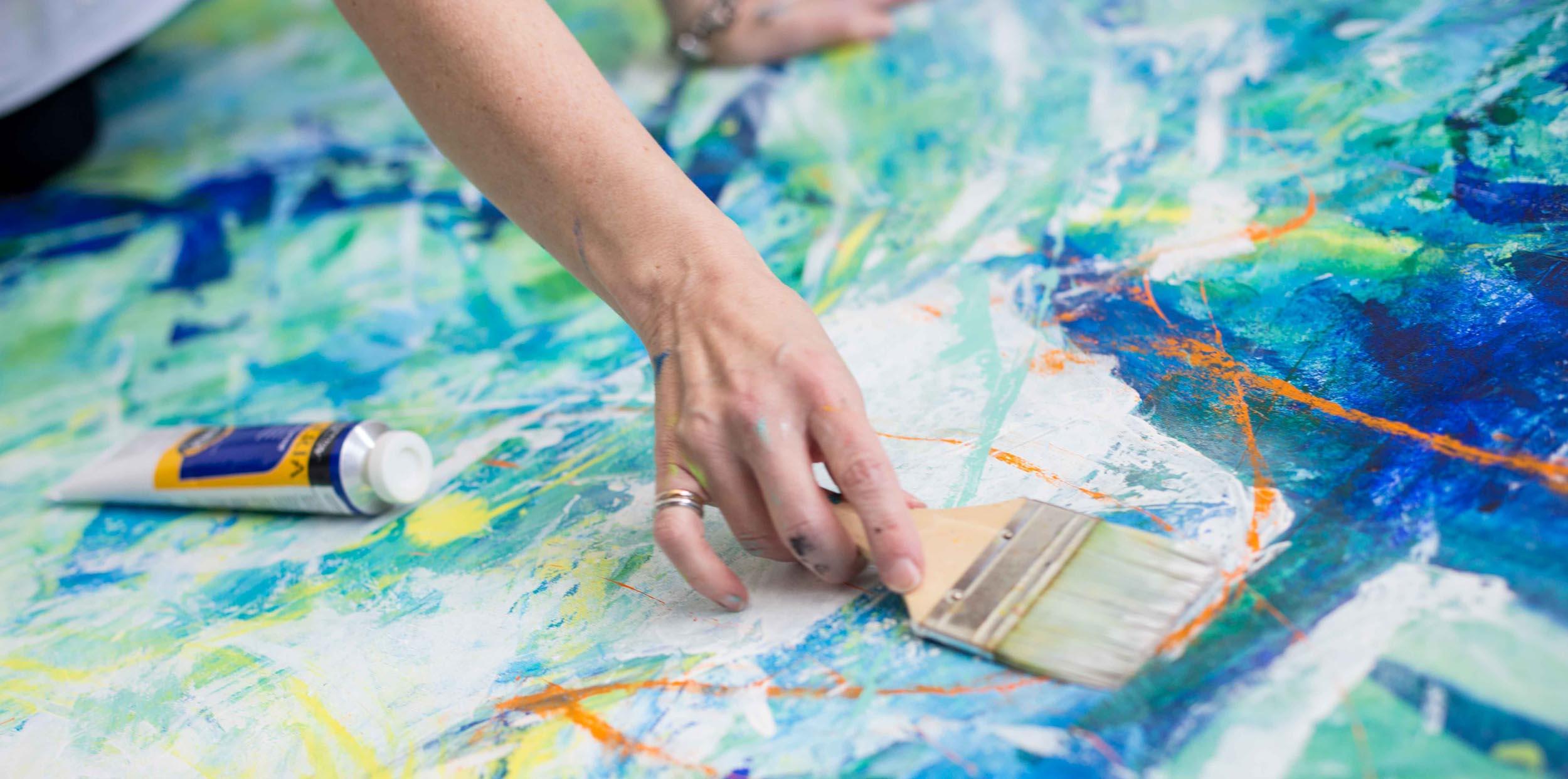 Lynette-Melnyk-hands-painting.jpg
