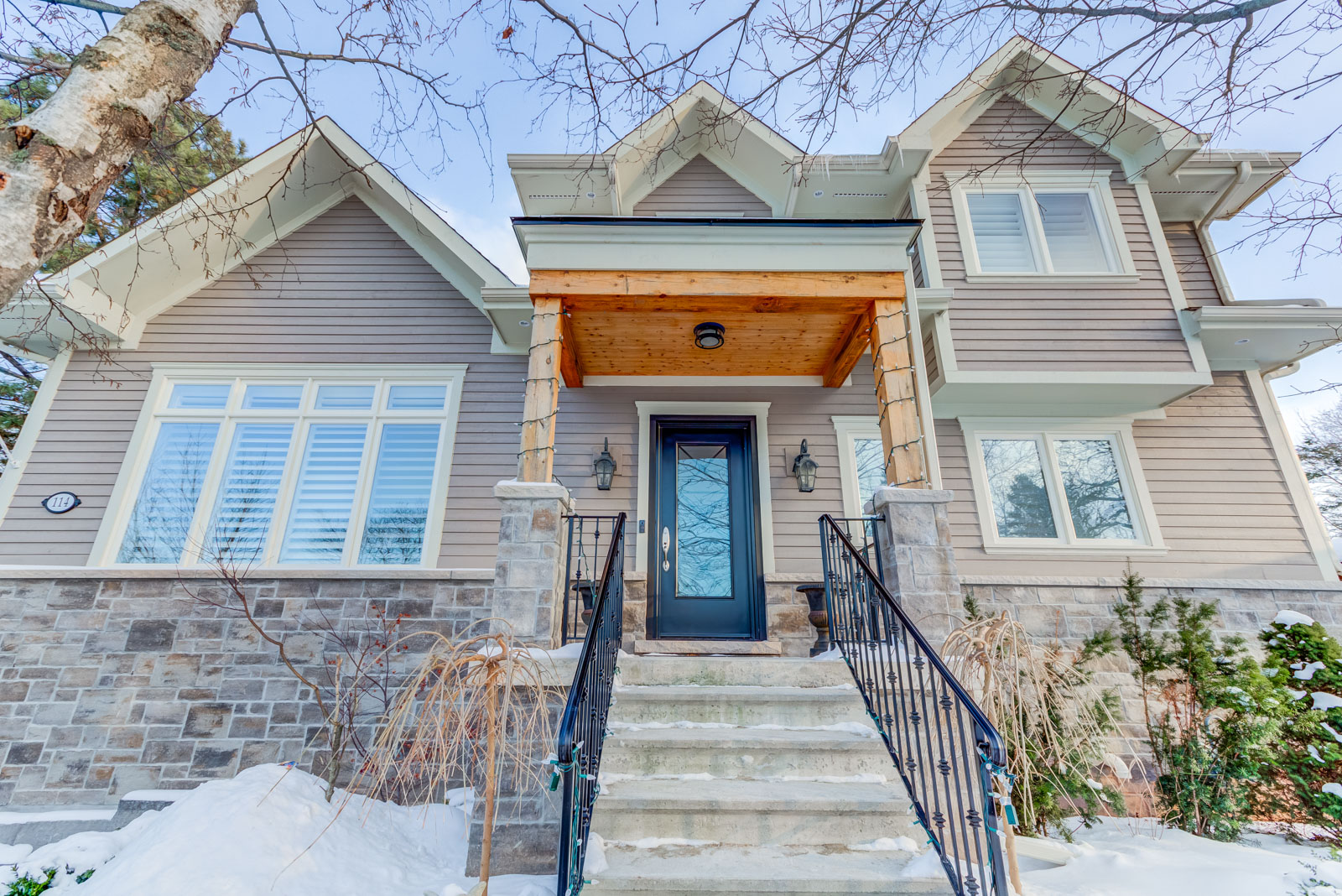 """$1,579,000 - Custom-built """"Bungaloft"""" home located in the family-friendly neighbourhood of College Park on huge oversized private lot."""