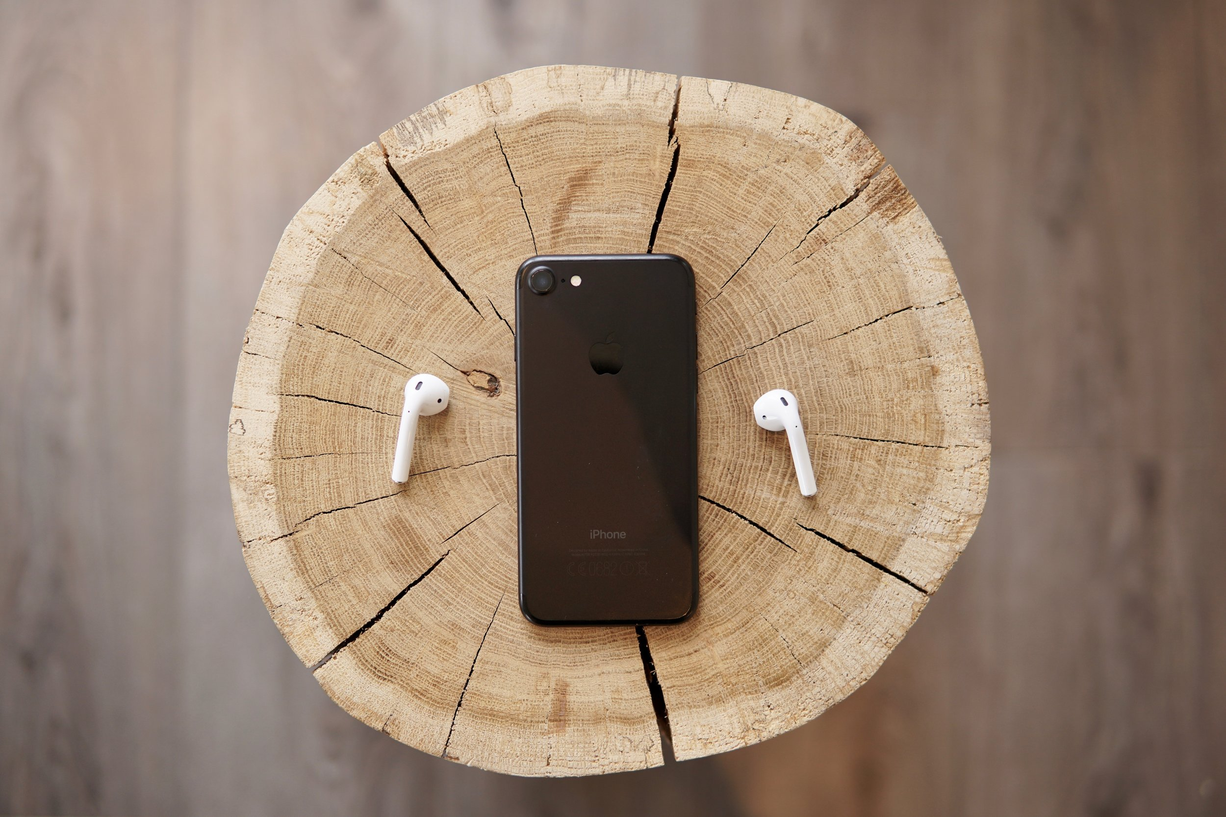 gadgets - The modern man has to be on top of the modern world, so we'll make sure you're in the know with all the state of the art tech that's emerging - plus, some of the fun stuff you might have missed.