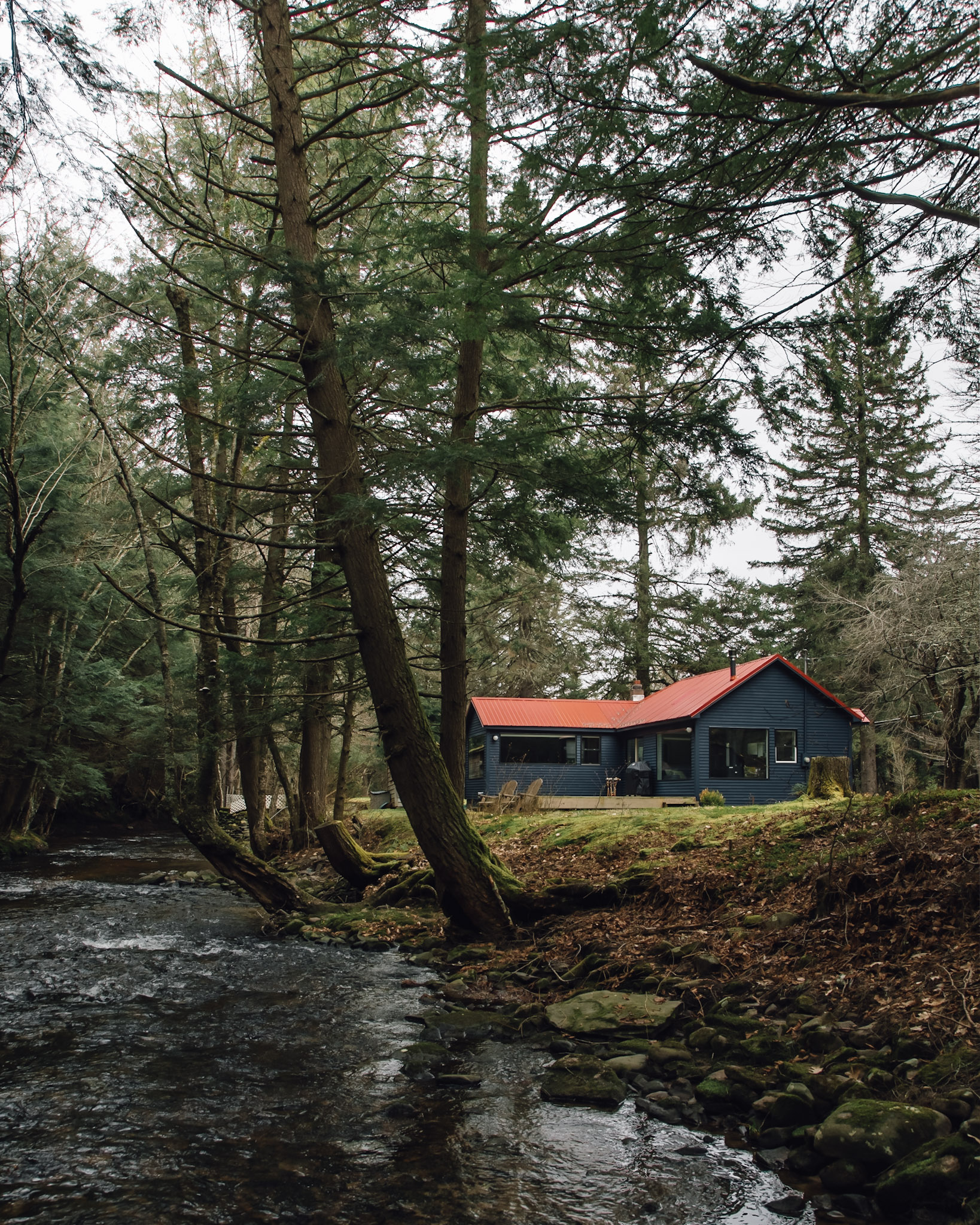 Photography of Cabin 14 by  Chris Daniele