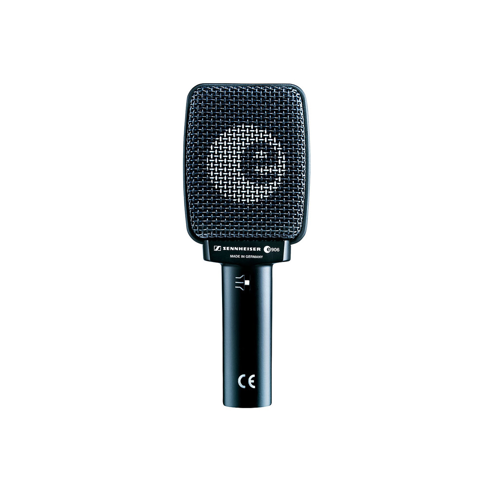 Sennheiser E906    Rental Price: 30 euros / Day