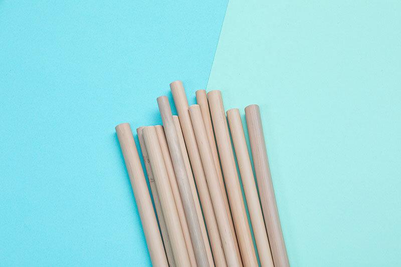Pailles en bambou réutilisables  et totalement naturelles