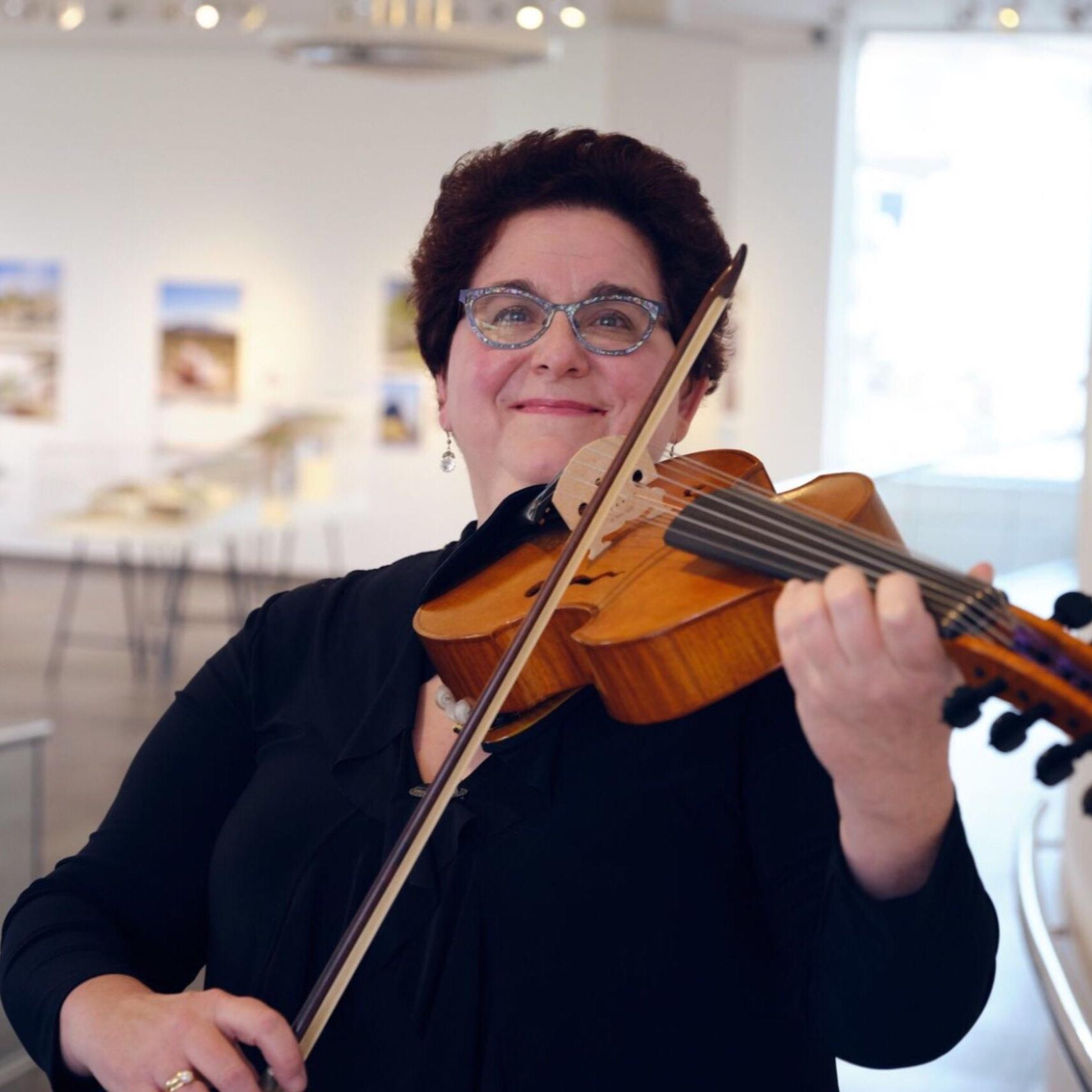 Barbara Hamilton, Principal Viola