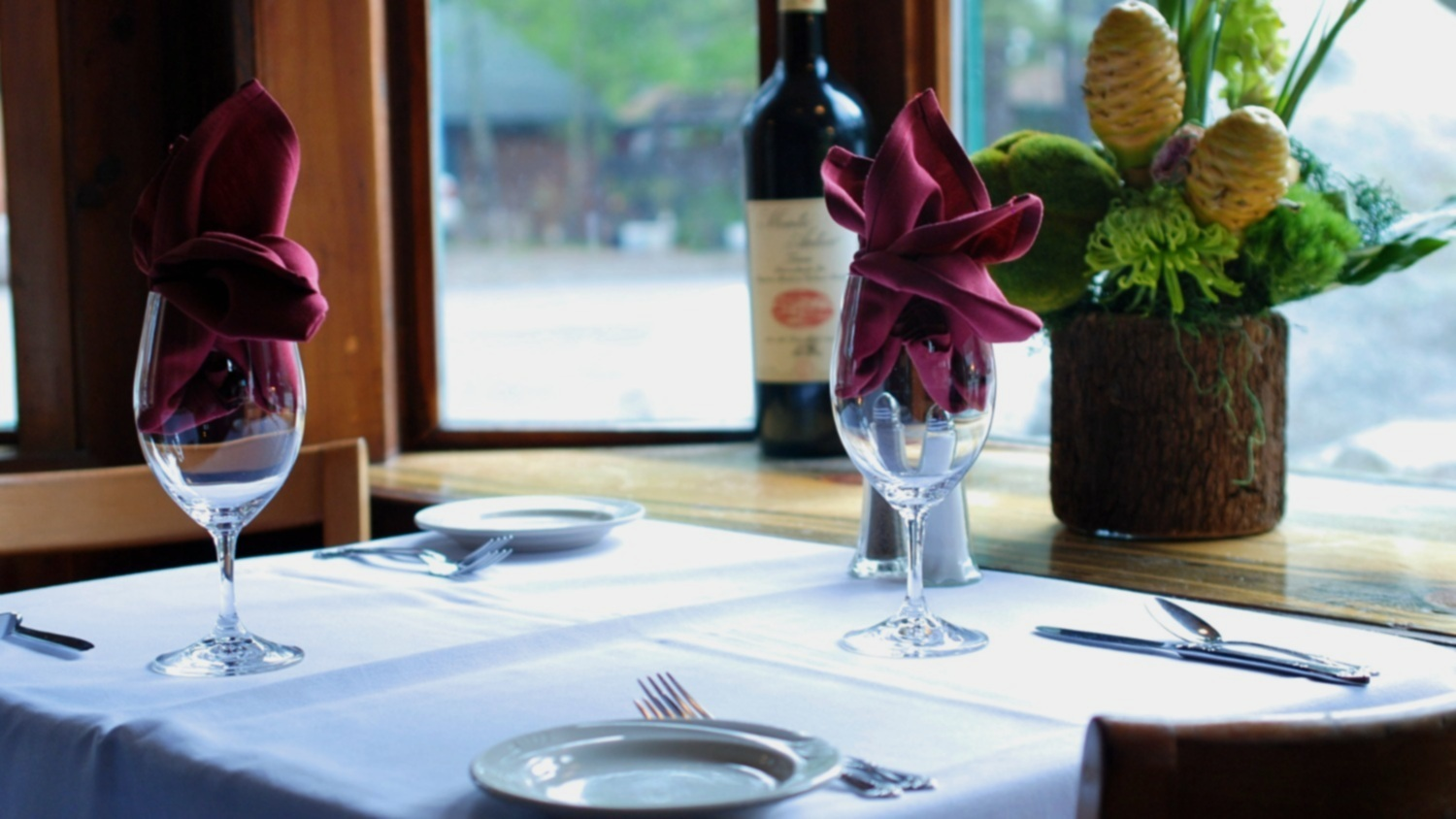 The most romantic table in Lake Tahoe - Table #4 is one of the best places to kiss in Northern California