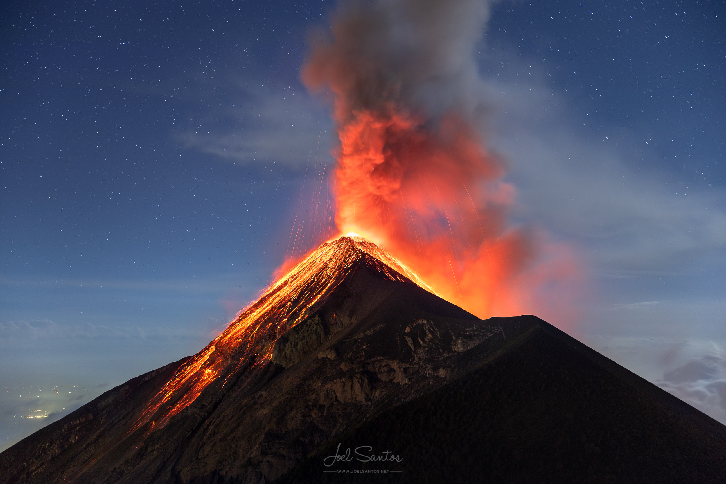 VOLCANOES - SCULPTING THE EARTH THROUGH FIRE