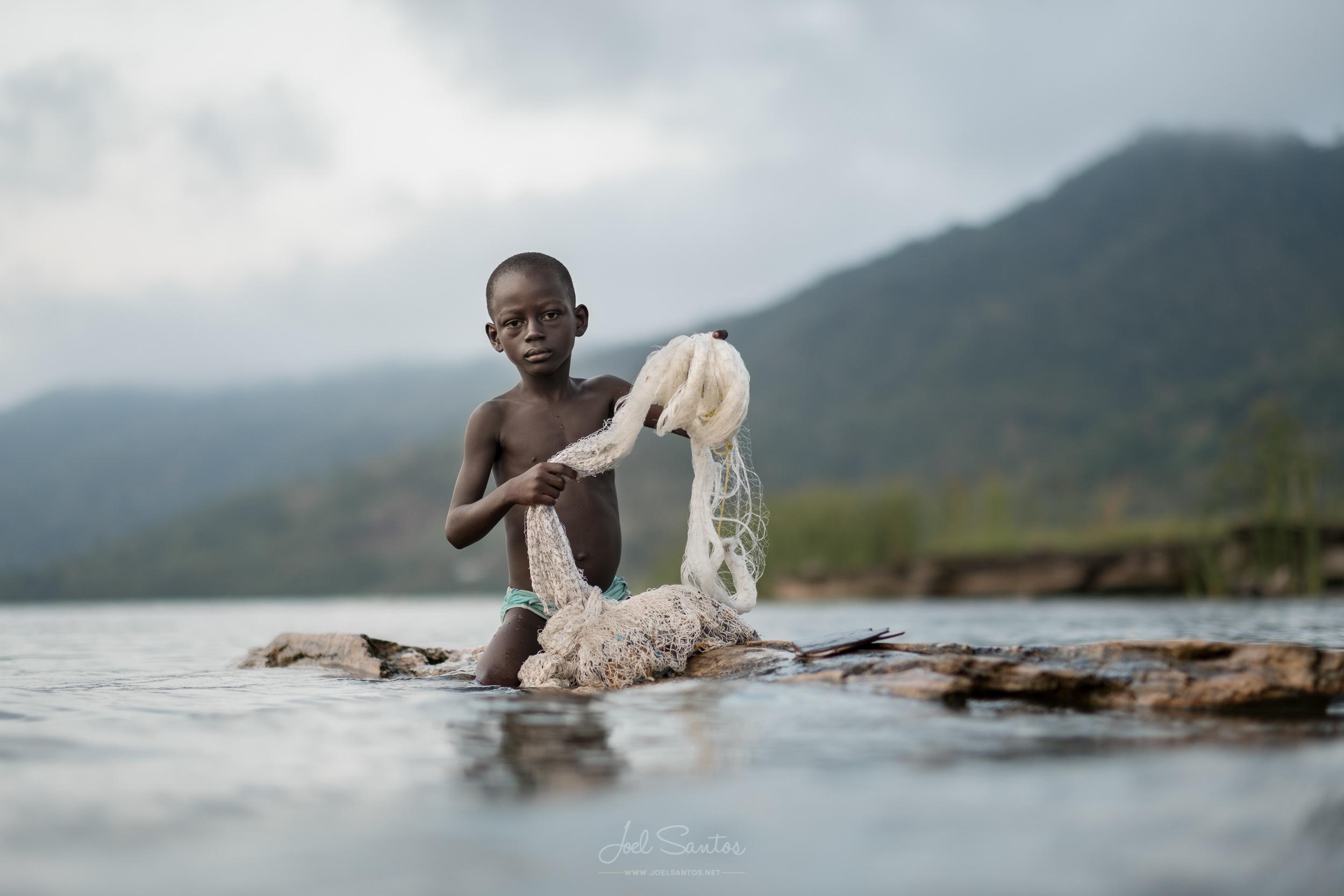 Bosumtwi lake fishermen, Ashanti, Ghana