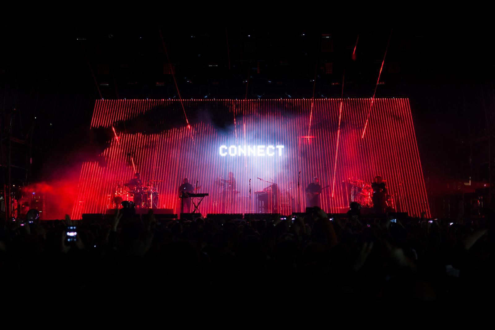 Massive Attack 2016 Tour Visuals