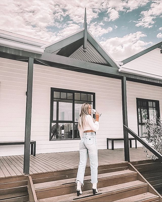 What a weekend😍 A lovely few days spent with great company @skye.wheatley @saweet_tooth + little Forest. Thanks for staying with us here at Blue Wren, we enjoyed every minute! 💫✨