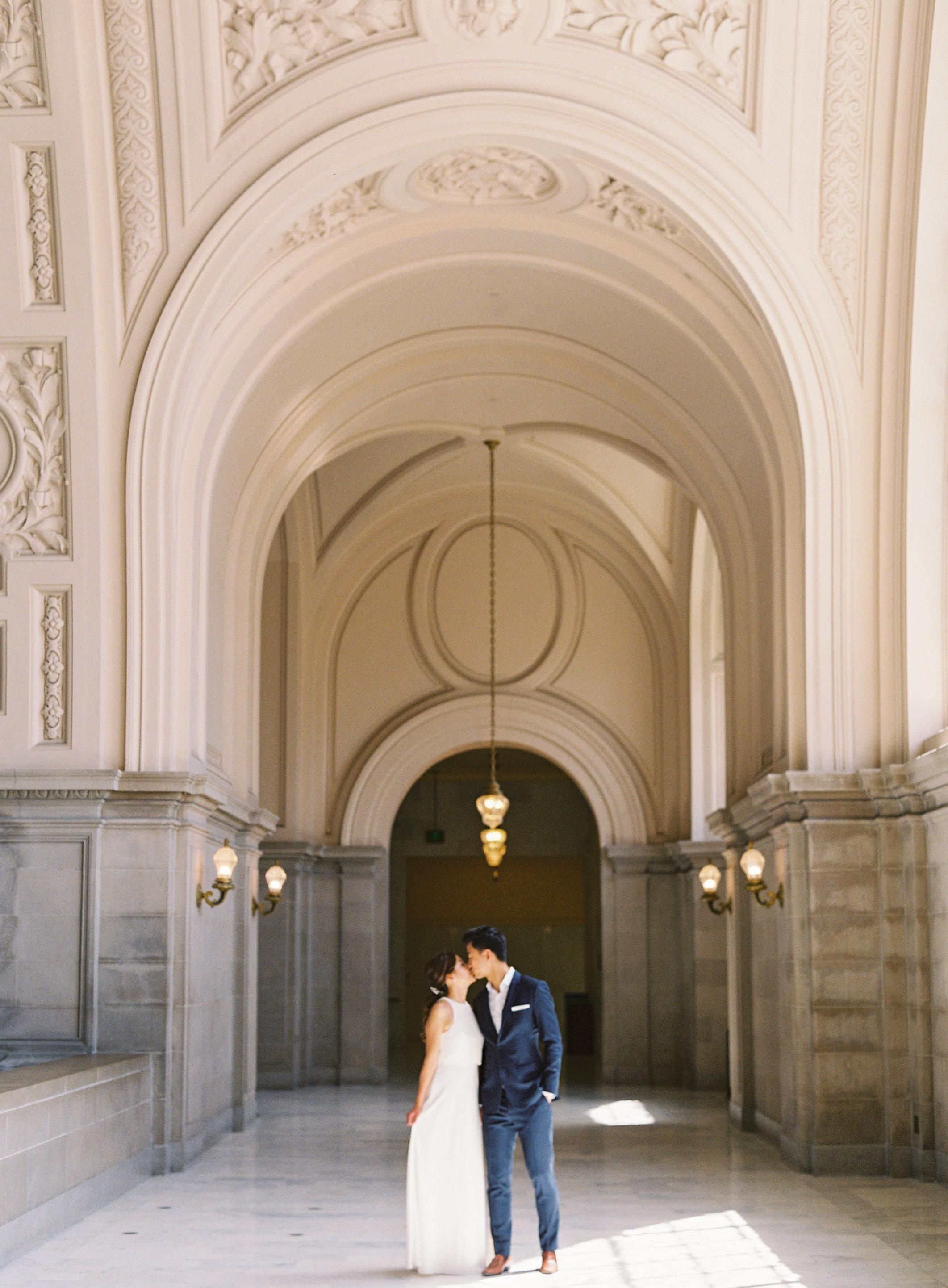 San-francisco-city-hall-photography-wedding-044.jpg
