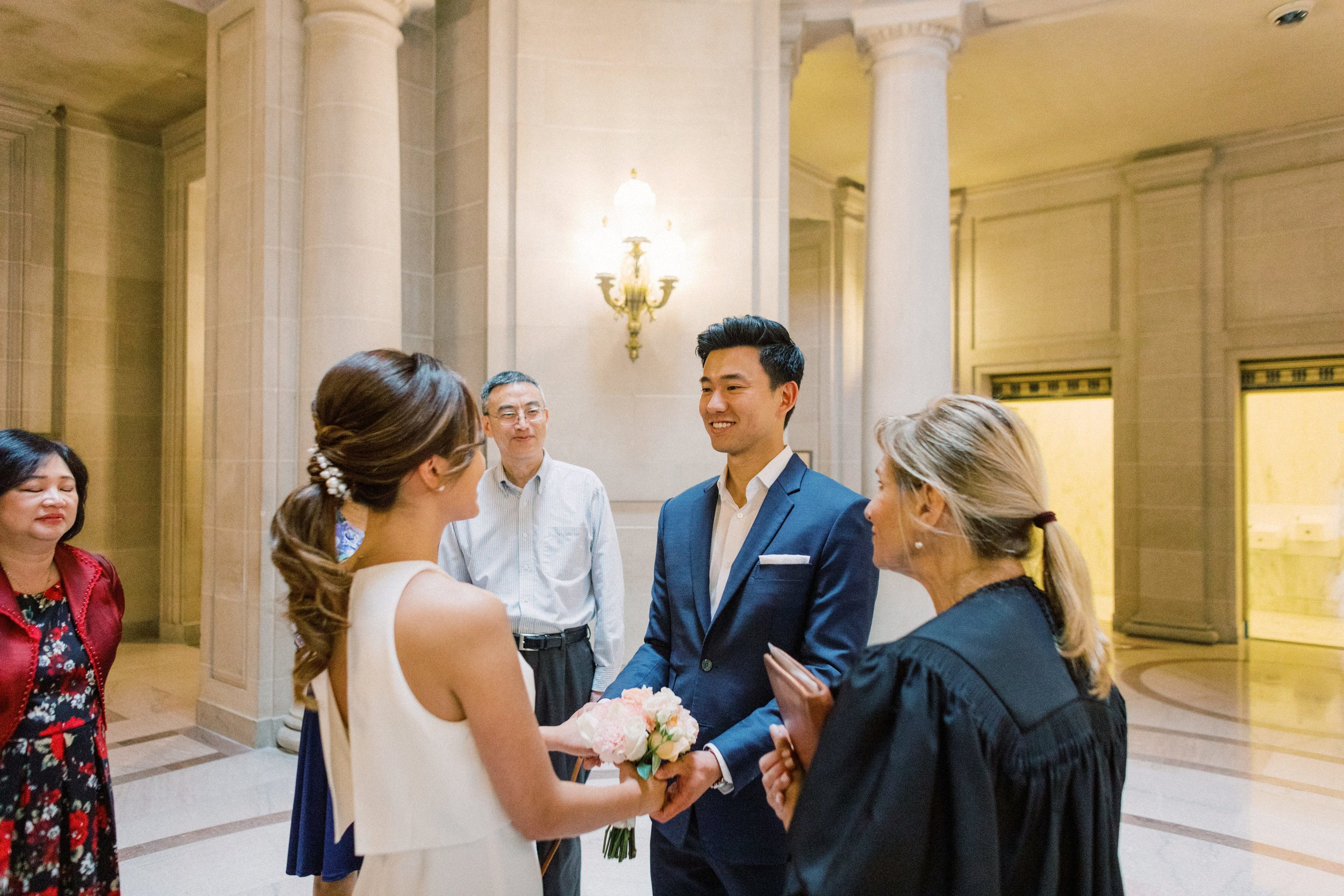 San-francisco-city-hall-photography-wedding-074.jpg