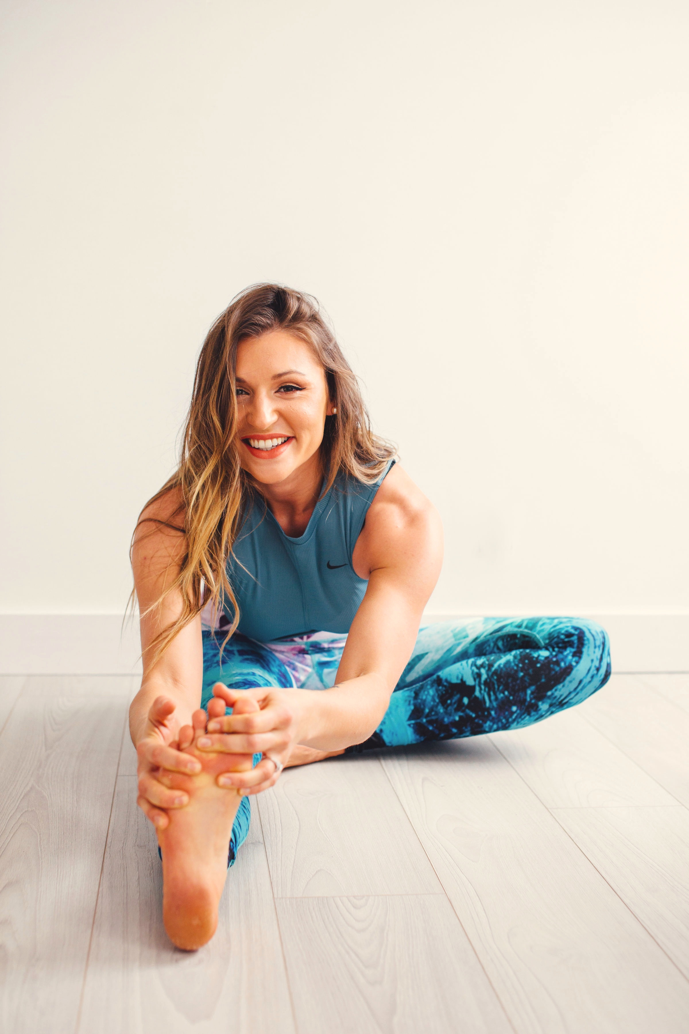 Hello! I'm Darcie. - I create tailored Fitness and Nutrition programs merging mind-body nutrition and real-life fitness into a daily routine. The reward? A Pathway of Presence that leads to an abundance of Happiness.