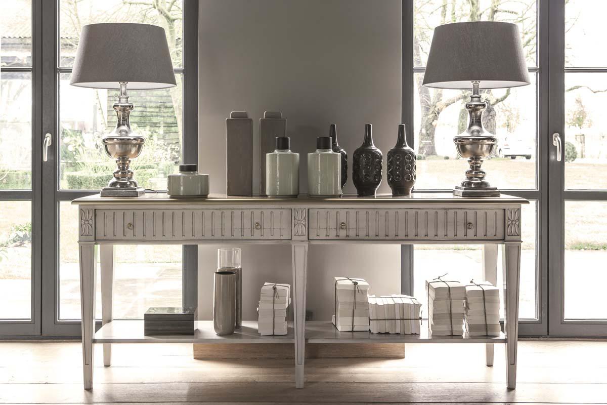 Grange stendhal - Ezt a csodálatosan szép konzol asztalt hamarosan láthatjátok egy nagy szabású rendezvényen is! Részletekről hamarosan! Kövessetek minket az Instán !