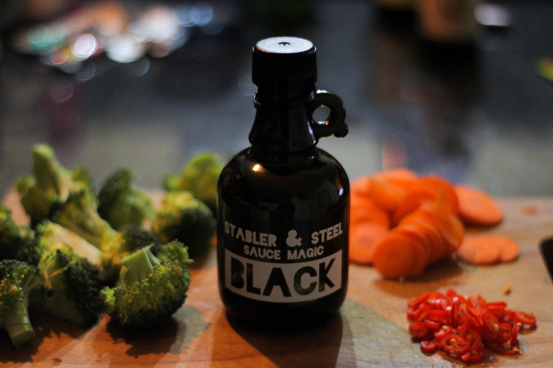 Black_05.jpg