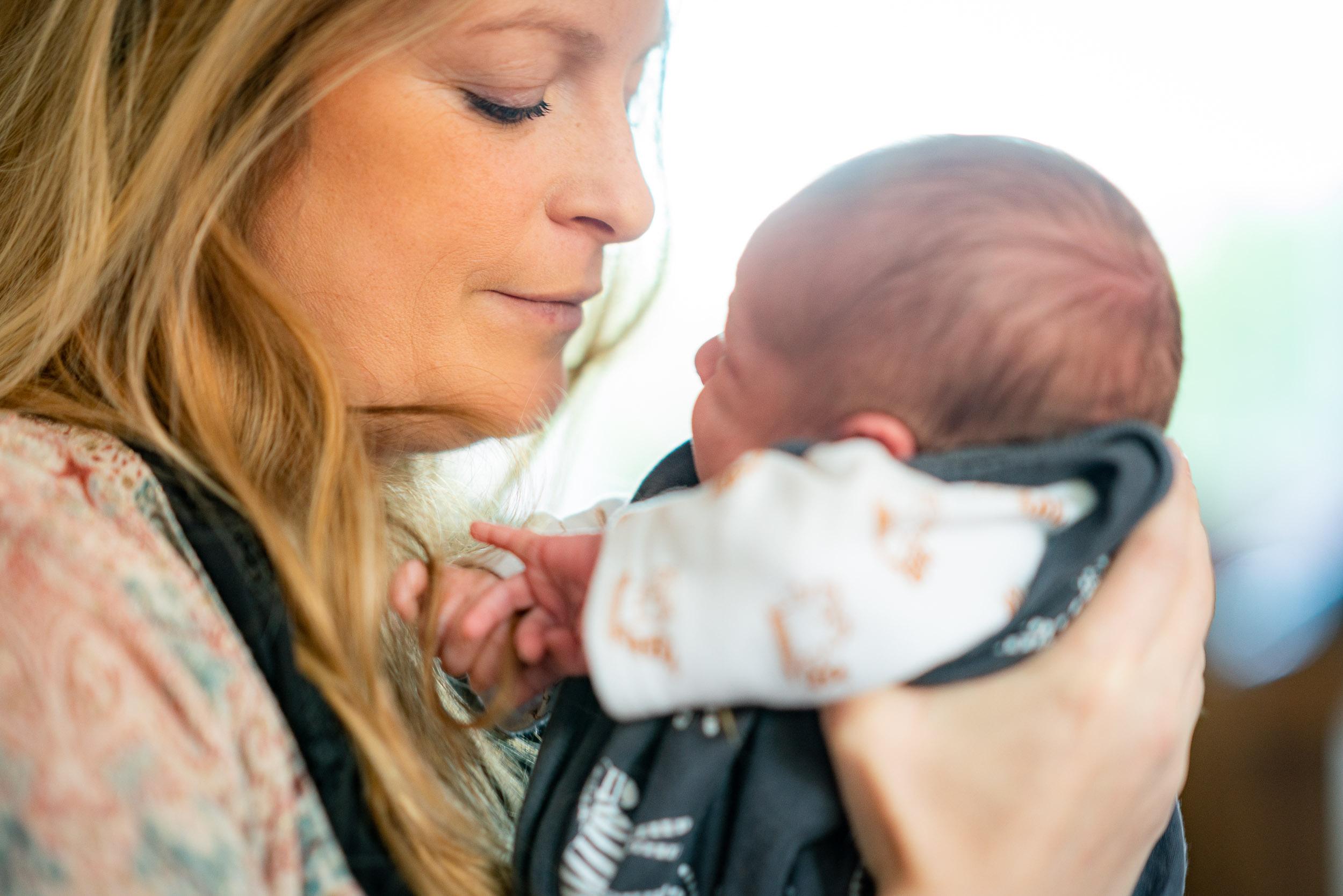 Photo d'un nouveau né près de Charleroi
