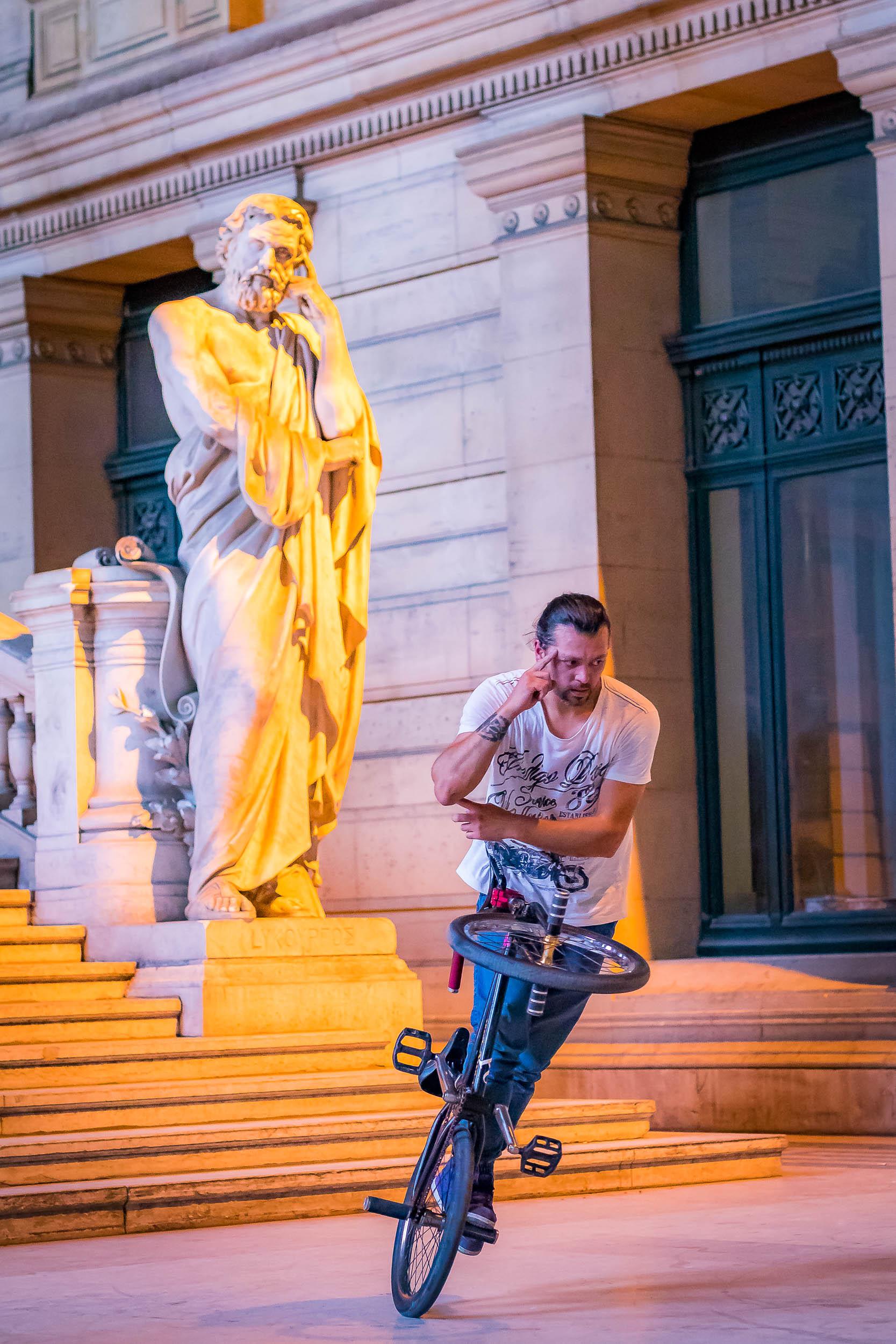 Photographe de Bruxelles se baladant dans les rues
