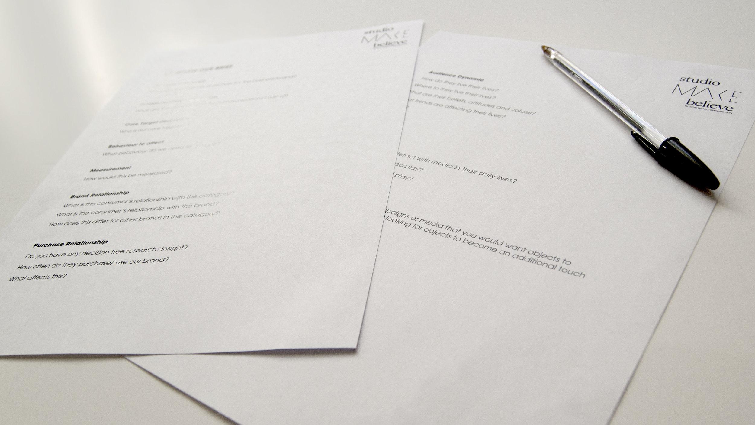 Brief_Pen_Paper.jpg