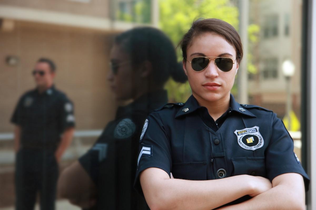bodyworn_body_camera_police_body_camera_law_enforcement_cops_law_enforcing_policeman_police_officer-875911.jpg!d.jpg