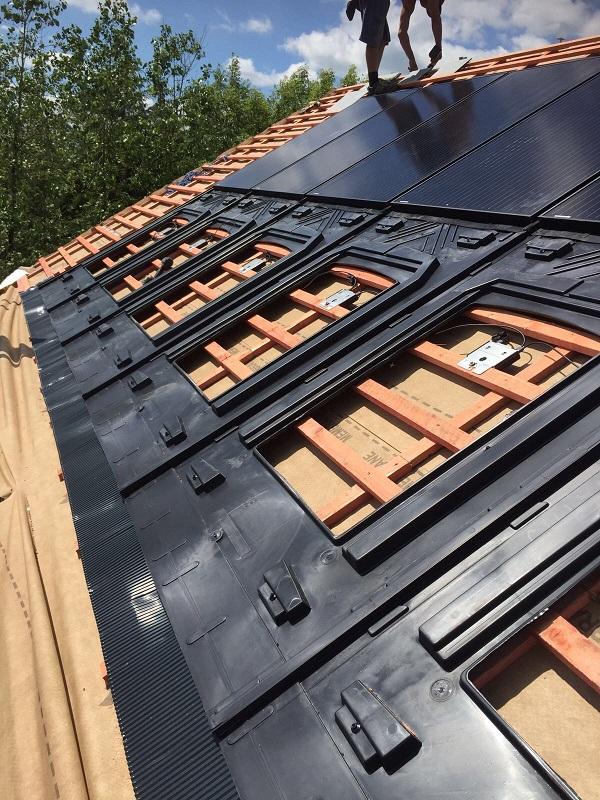 Slate-in-roof-1.jpg