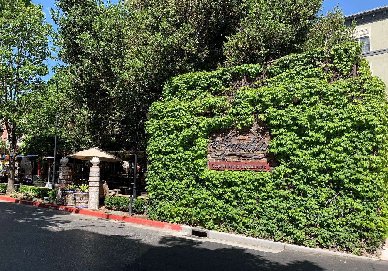 El Jardin Santana Row-X2.jpg