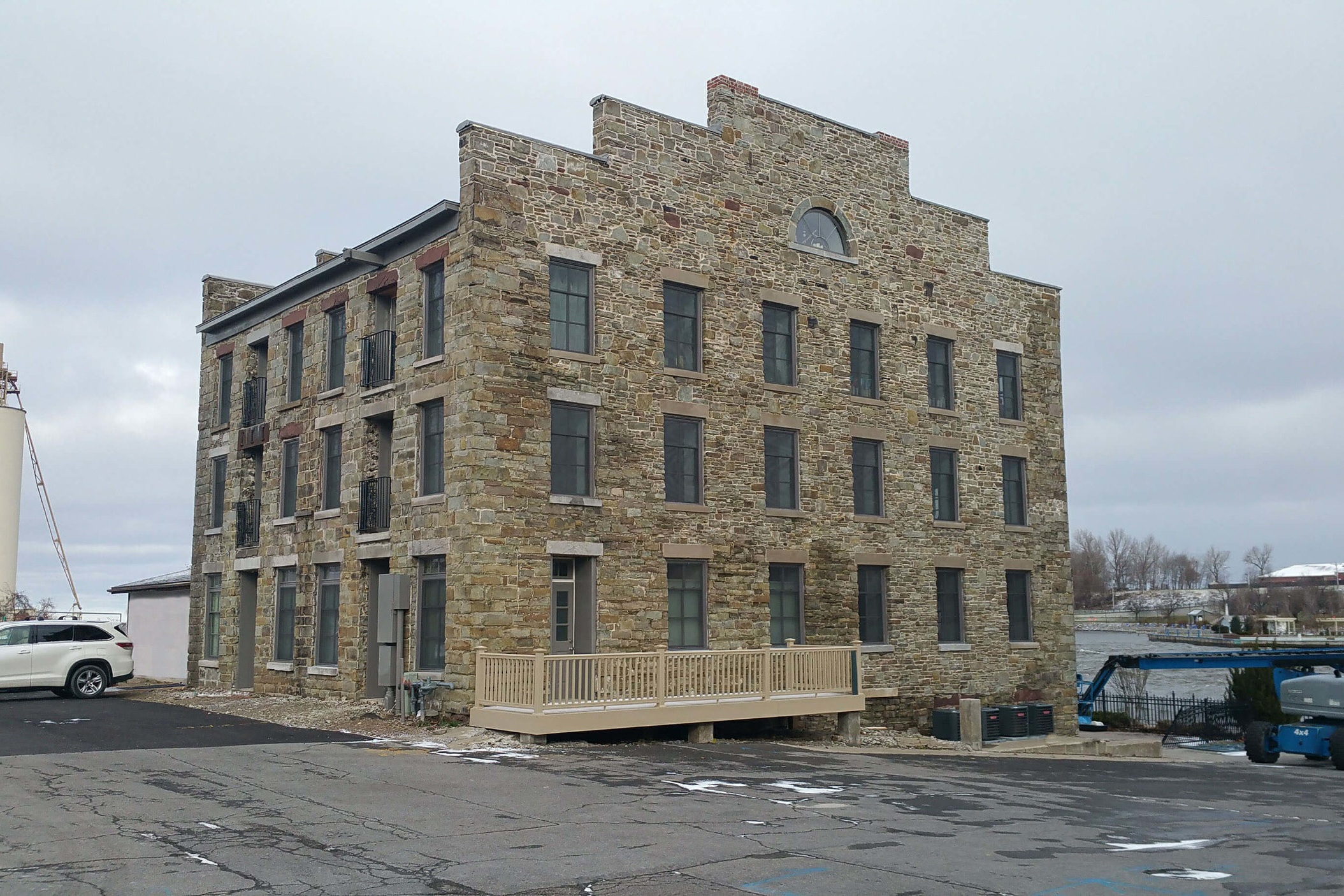 Photo courtesy of Crawford & Stearns, Architects