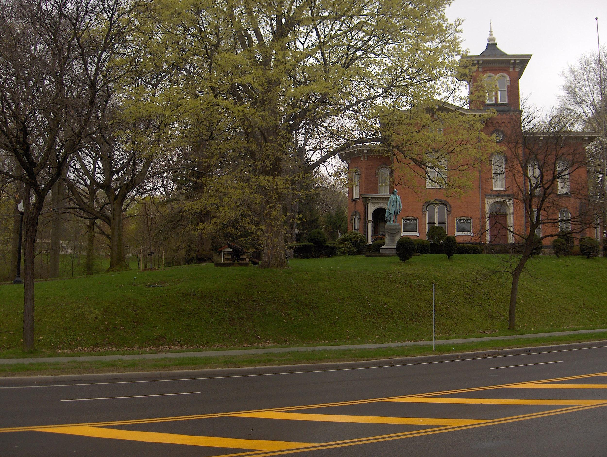 Fenton Mansion, Jamestown