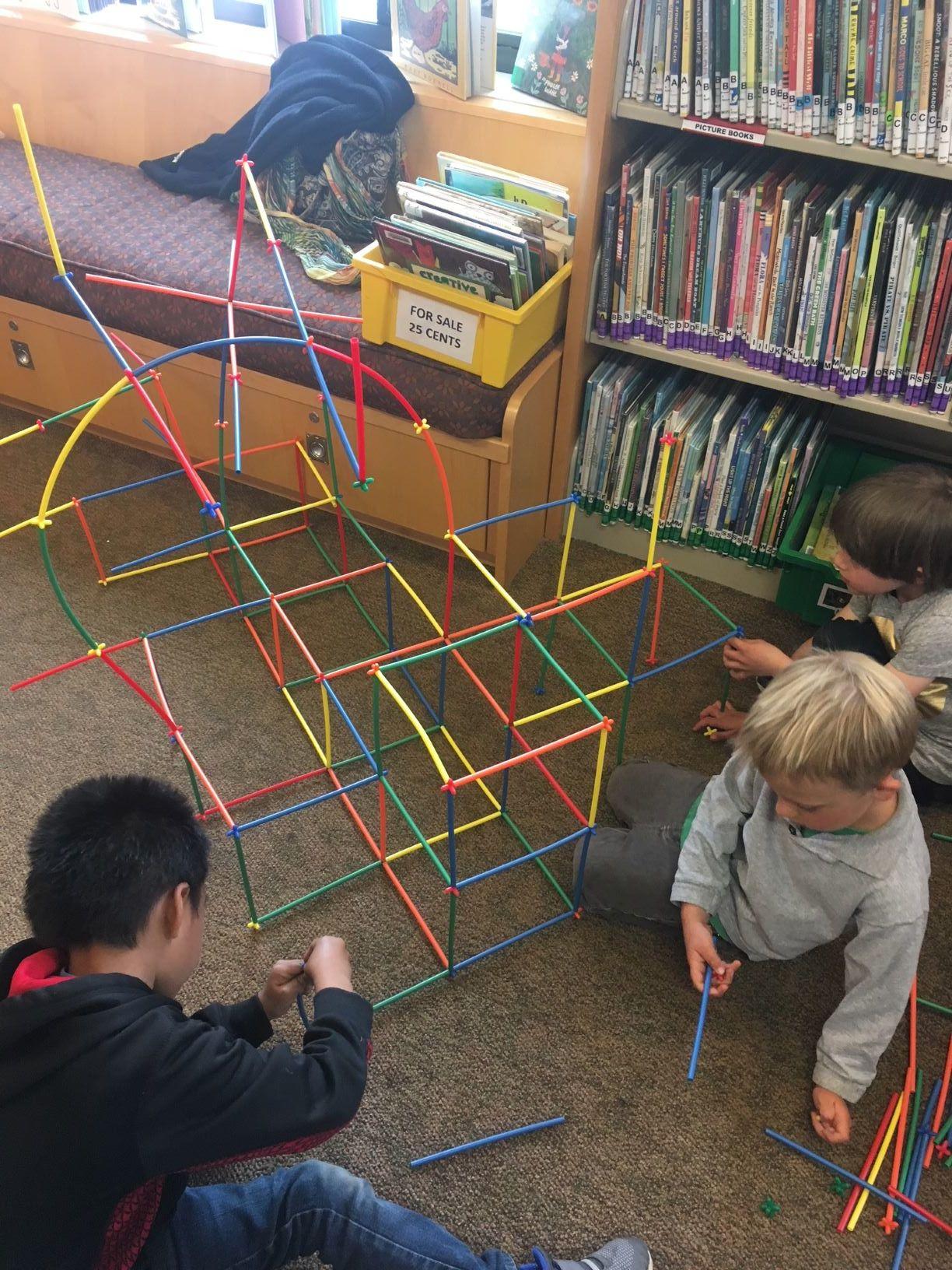 kids in library.JPG
