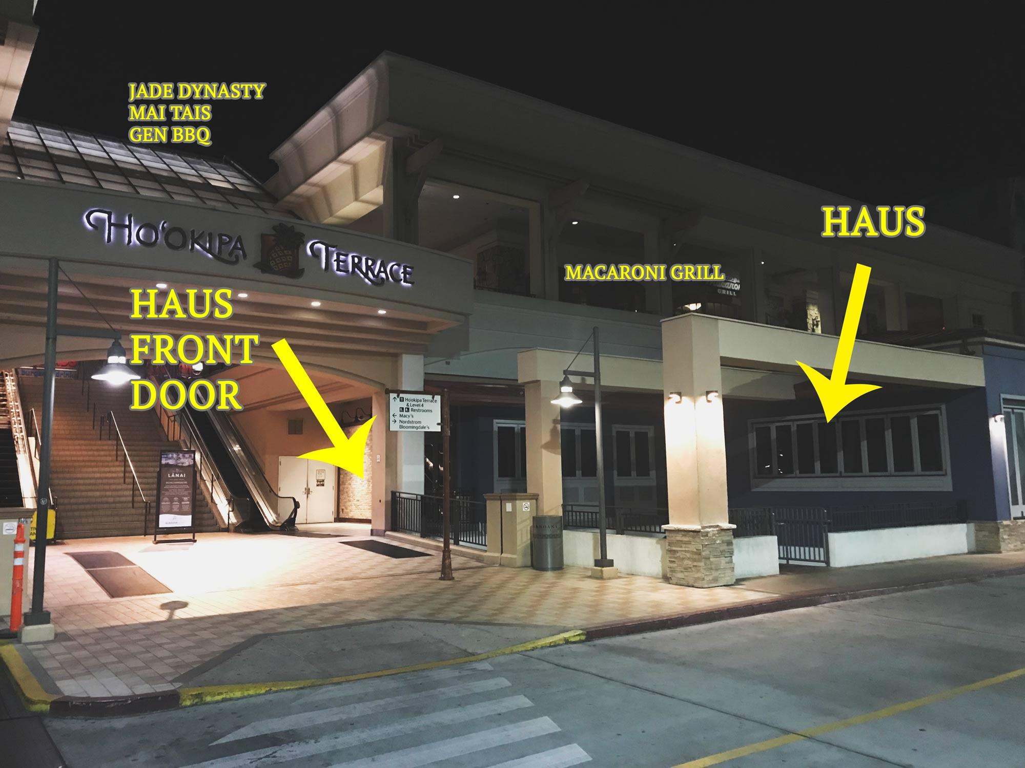 Located below Macaroni Grill. Escalator for NE Parking Lot Level 3.