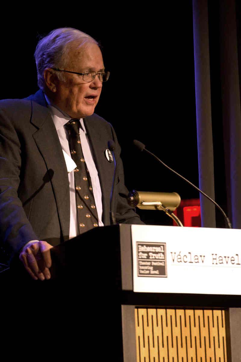 Ambassador Craig Stapleton