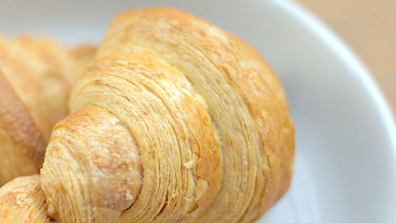 Croissant-Macaron-1.png