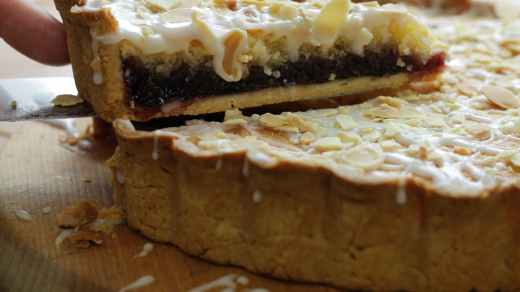 BLACK CHERRY BAKEWELL TART -