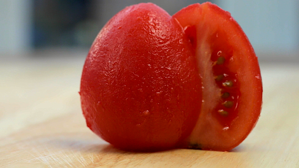 HOW TO SKIN TOMATOES -