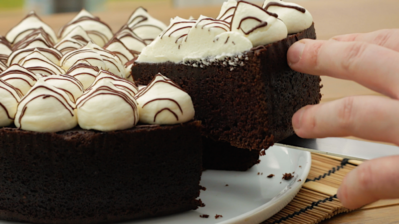 CHOCOLATE GUINNESS CAKE -