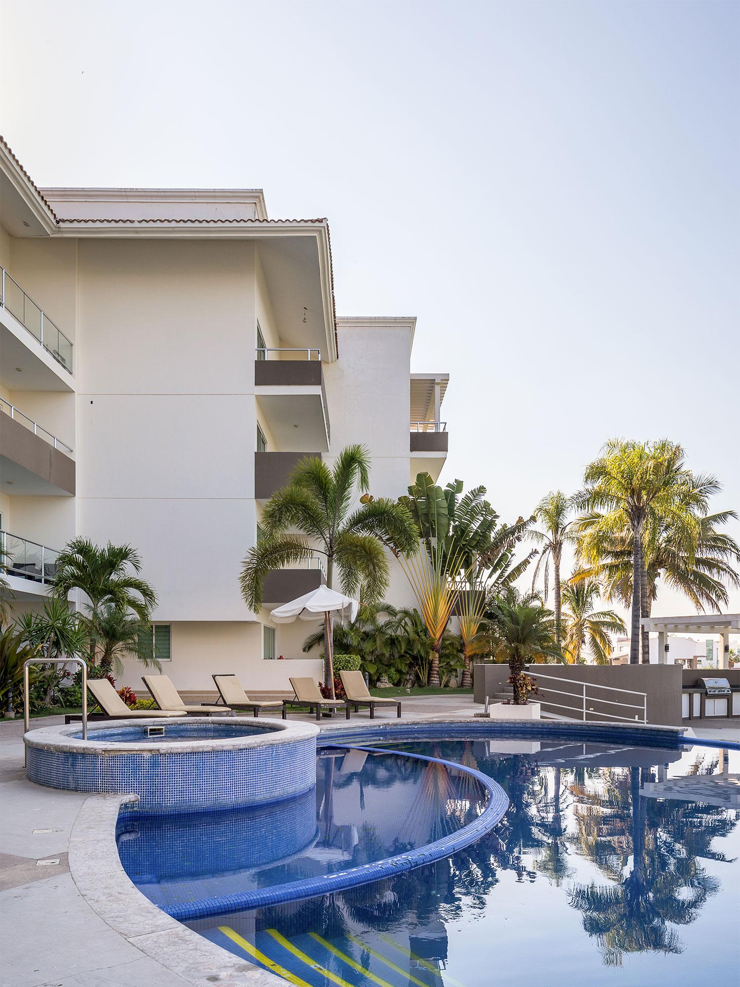 Ordaz-Coppel-Arquitectos-Santa-Barbara-Golf-Condos.jpg