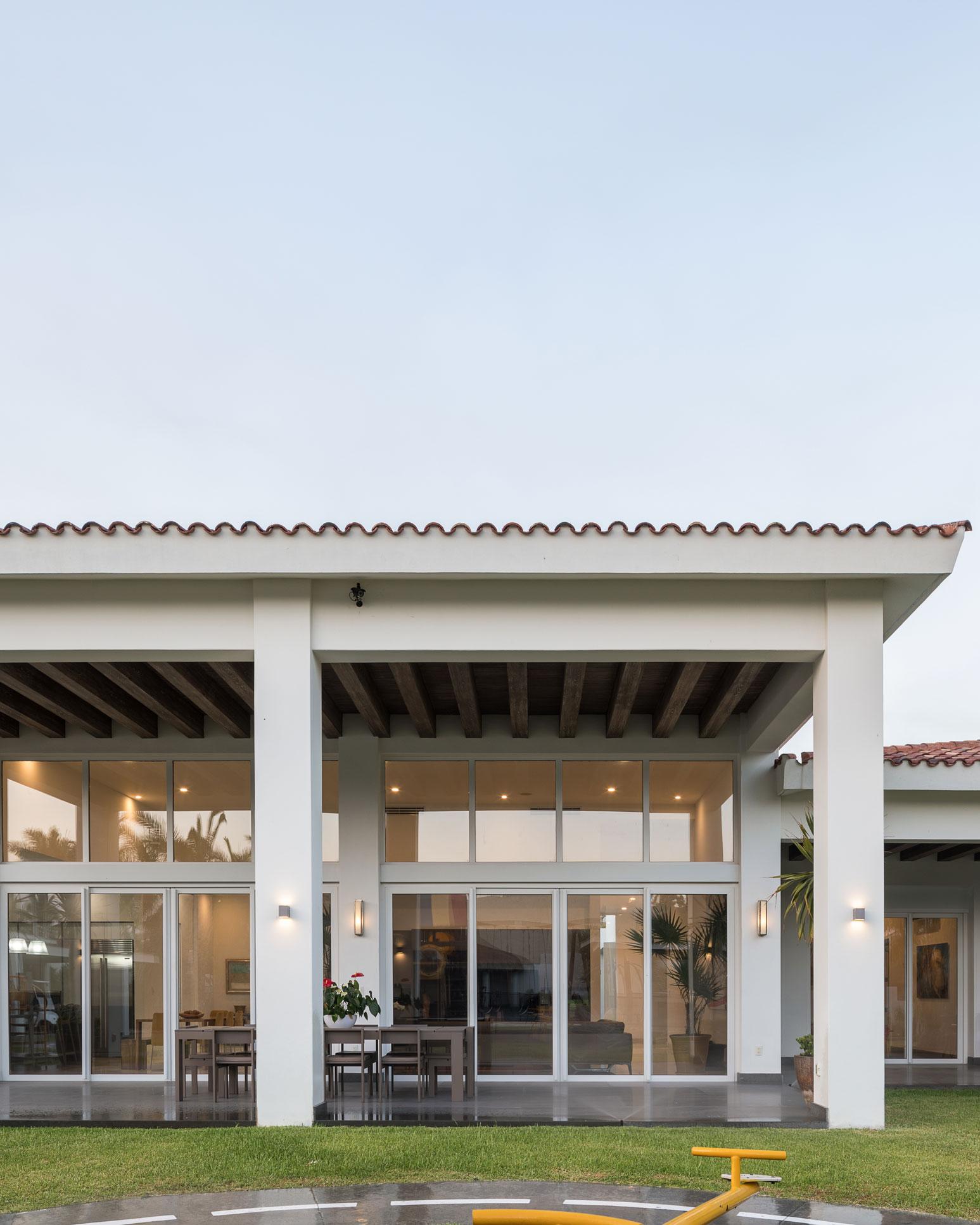 Ordaz Coppel Arquitectos-CG House-2.jpg