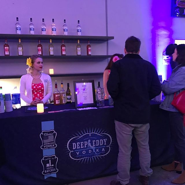 Did a party for Flood Magazine last week. #servemobilebars #floodmagazine #deepeddy #barlife #nightlife