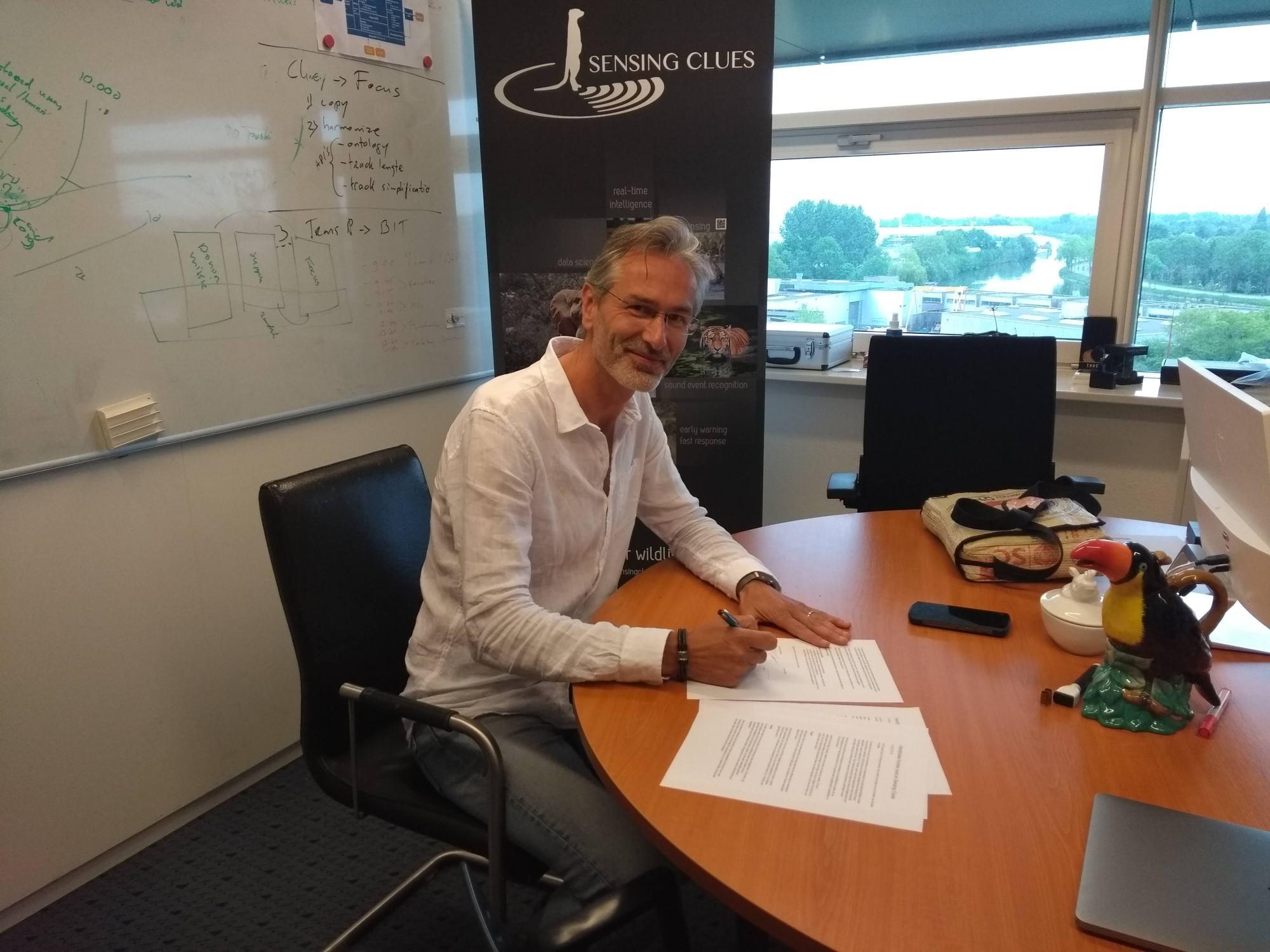 jk-signing.jpg