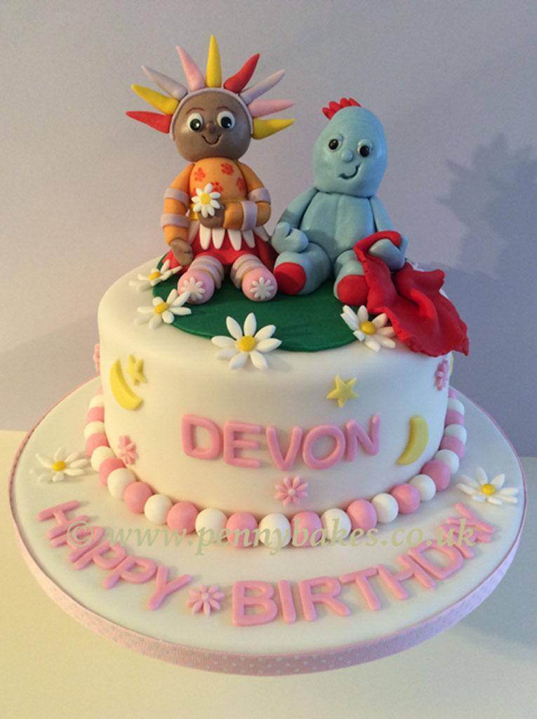 Penny_Bakes_Somerset_Cakes_Children's_Birthday_13.jpg