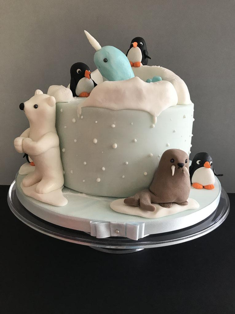 Penny_Bakes_Somerset_Cakes_Children's_Birthday_22.jpg